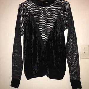 Black Long sleeve with velvet